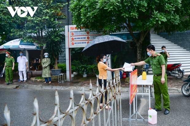 Cận cảnh bên trong khu đô thị có quán bar Sunny bị phong tỏa ở Vĩnh Phúc - Ảnh 8.
