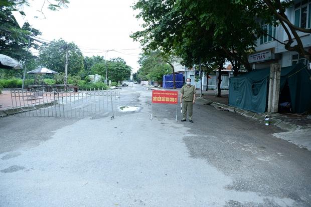 Cận cảnh bên trong khu đô thị có quán bar Sunny bị phong tỏa ở Vĩnh Phúc - Ảnh 10.