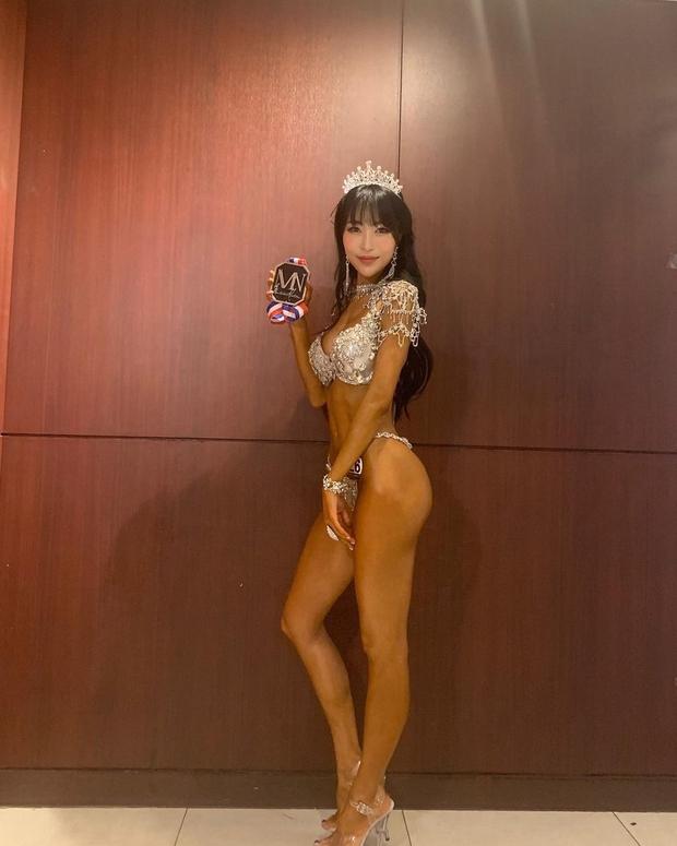 Màn lột xác gây sốc nhất showbiz Hàn: Nữ diễn viên hài dao kéo vì bị chê xấu, giờ F5 cả body đỉnh đến mức thành VĐV thể hình - Ảnh 3.
