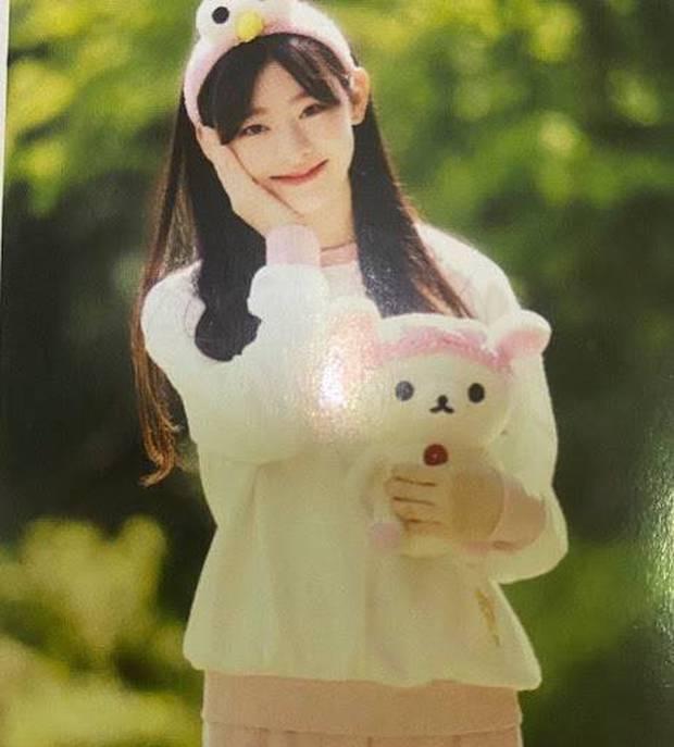 Tìm ra nữ idol tân binh có ảnh quá khứ đẹp nhất Kpop, nhìn ảnh thẻ dàn nữ thần đình đám chắc cũng phải chào thua - Ảnh 4.