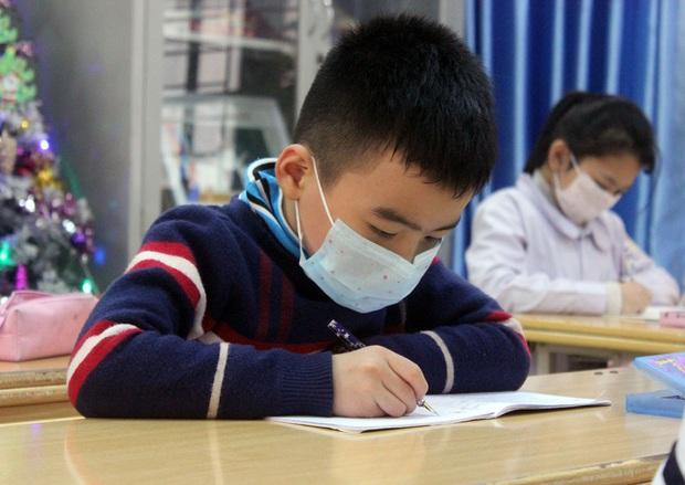 Tối 6/5: Thêm 1 tỉnh thông báo khẩn cho học sinh nghỉ học từ 10/5 - Ảnh 1.
