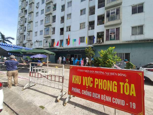 Thêm 1 nữ nhân viên vũ trường lớn nhất Đà Nẵng dương tính SARS-CoV-2 - Ảnh 1.