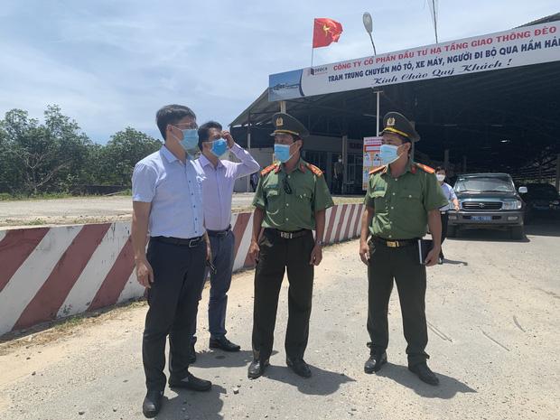 Thừa Thiên Huế lập chốt kiểm soát người từ Đà Nẵng ra - Ảnh 1.