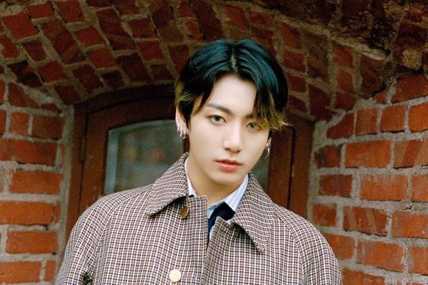 Nghệ sĩ gốc Việt khiến Jungkook (BTS), Baekhyun (EXO), Taeyong (NCT) và loạt idol Kpop thích mê, còn giới thiệu cho fan nghe cùng! - Ảnh 2.