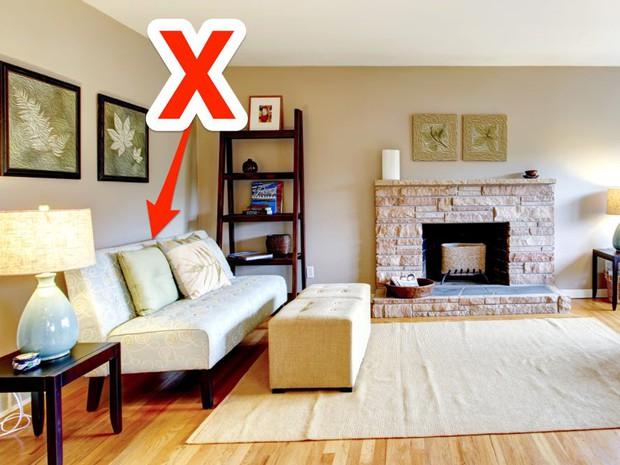 9 lỗi thiết kế phòng khách chứng tỏ bạn là tay mơ, khách đến chơi muốn gây ấn tượng cũng khó - Ảnh 2.
