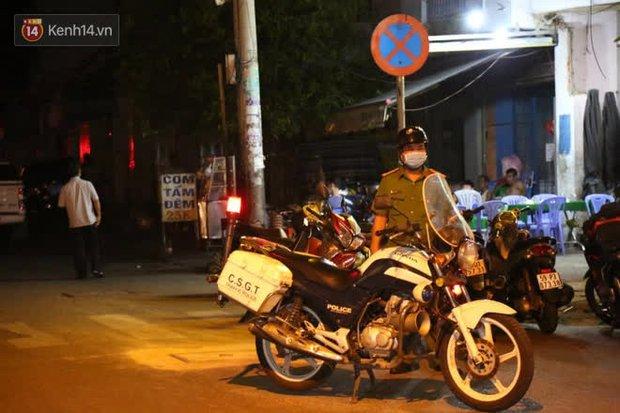 Cháy nhà ở Sài Gòn khiến ít nhất 7 người tử vong thương tâm: Khoảng 10 người mắc kẹt không thoát ra được - Ảnh 7.