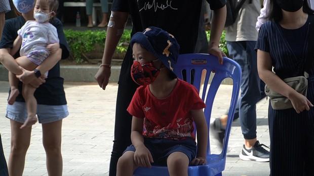 TP.HCM: Khẩn trương lấy mẫu xét nghiệm 150 người tại chung cư vì 1 trẻ em liên quan đến BN mắc Covid-19 - Ảnh 3.
