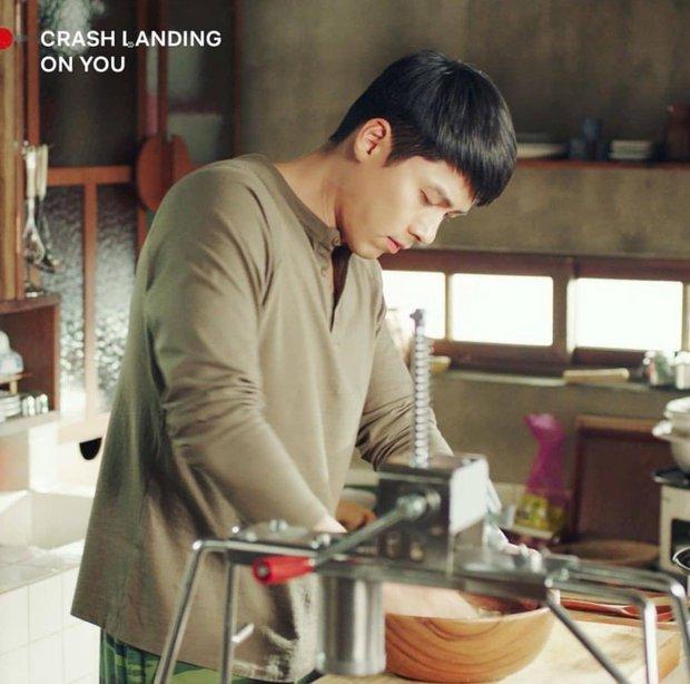Ngất lịm với loạt ảnh khi nam thần phim Hàn vào bếp, thế này chị em lại phát phì mất thôi! - Ảnh 4.