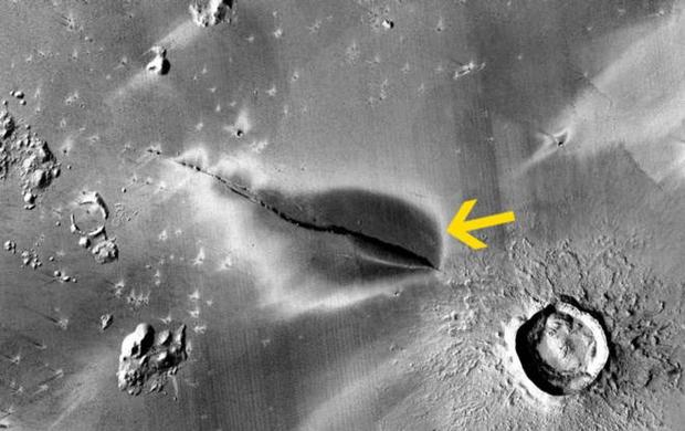Phát hiện dấu hiệu núi lửa hoạt động trên sao Hỏa hé lộ khả năng về sự sống - Ảnh 1.
