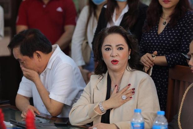 NÓNG: Thần y Võ Hoàng Yên đã chuyển khoản trả lại vợ chồng ông Dũng lò vôi gần 17 tỷ đồng - Ảnh 4.