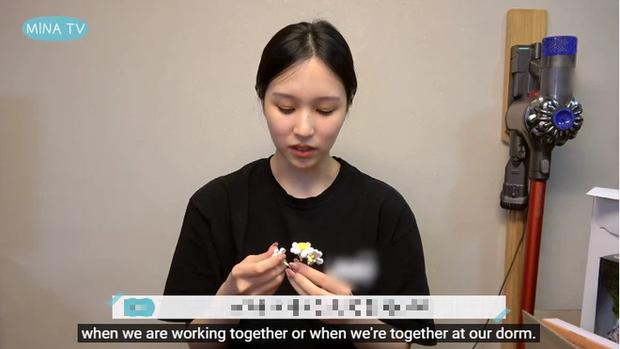 Mina (TWICE) tiết lộ lý do mình luôn muốn ở cùng cả nhóm: chẳng phải vì tình chị em thân thiết mà là vì... đồ ăn? - Ảnh 4.
