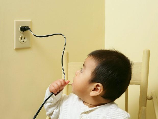 7 mối nguy hiểm tiềm tàng trong nhà, không cẩn thận sẽ khiến trẻ bị thương nghiêm trọng - Ảnh 7.