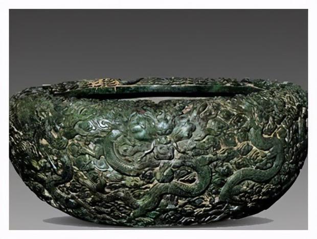 Bảo vật đen đủi nhất: Tạo tác từ 3,5 tấn ngọc quý hiếm rồi làm hũ muối dưa suốt 300 năm - Ảnh 1.