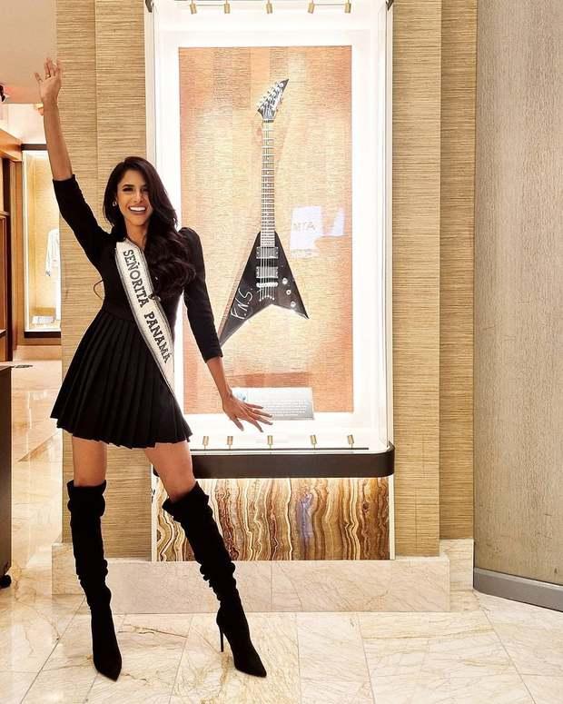 """Khánh Vân liên tục ghi điểm với outfit màu nổi, khoe vòng 1 căng đầy cùng thần thái """"đỉnh chóp"""" trong ngày 2 nhập cuộc Miss Universe - Ảnh 10."""