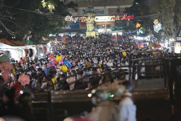 BN3141 đi du lịch nhiều nơi ở Đà Lạt trong đó có chợ đêm, tiếp xúc với 179 người  - Ảnh 1.