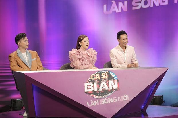 Trần Đức Bo xuất hiện trên sóng truyền hình, gây bất ngờ khi cover hit Mỹ Tâm, Hiền Hồ, Phí Phương Anh! - Ảnh 1.