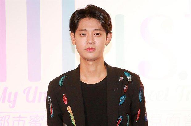 Biến mới Kbiz: Đang ngồi tù, Jung Joon Young bị bạn gái cũ đệ đơn lên hẳn Nhà Xanh tố làm trò đồi bại sau 5 năm huỷ kiện - Ảnh 3.