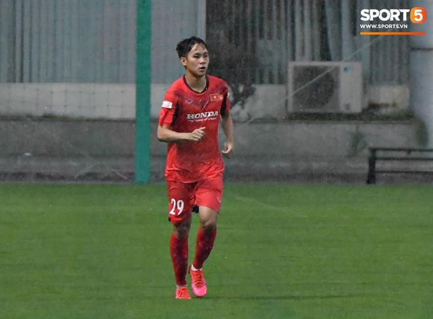 4 cầu thủ CAND bị loại khỏi danh sách U22 Việt Nam vì phải cách ly - Ảnh 1.