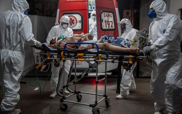 Lò ấp biến chủng Covid của Brazil: Thảm họa không khác gì một Fukushima sinh học, quả bom nguyên tử đe dọa cả nhân loại - Ảnh 1.