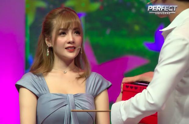 Bị Trần Nhậm từ chối, nữ chính show tỏ tình hỏi thẳng: Không đủ tự tin làm cô gái nào hạnh phúc sao lại ngồi đây? - Ảnh 9.