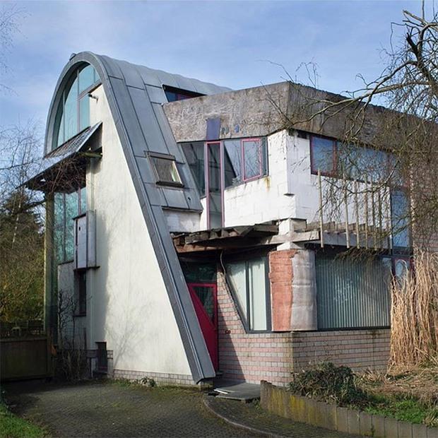 19 ngôi nhà xấu nhất nước Bỉ, xem xong mất niềm tin vào kiến trúc sư nước này - Ảnh 10.