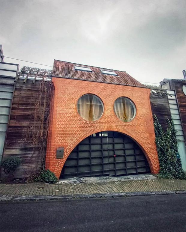 19 ngôi nhà xấu nhất nước Bỉ, xem xong mất niềm tin vào kiến trúc sư nước này - Ảnh 14.