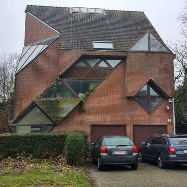 19 ngôi nhà xấu nhất nước Bỉ, xem xong mất niềm tin vào kiến trúc sư nước này - Ảnh 8.