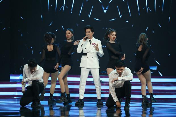 Trần Đức Bo xuất hiện trên sóng truyền hình, gây bất ngờ khi cover hit Mỹ Tâm, Hiền Hồ, Phí Phương Anh! - Ảnh 9.
