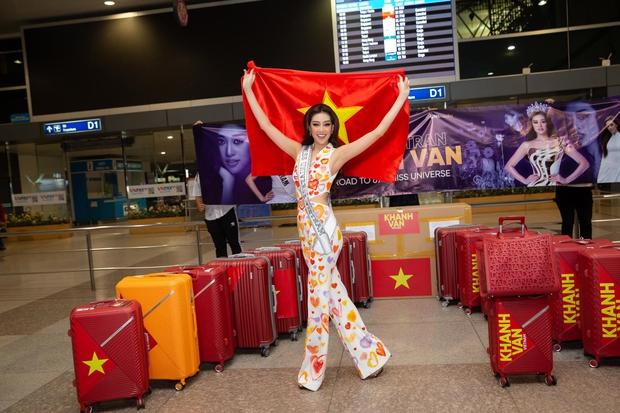Nhìn lại style của Khánh Vân tại MU: Hàng loạt outfit mang ý nghĩa sâu xa, lắm set đồ được netizen khen nức nở! - Ảnh 1.