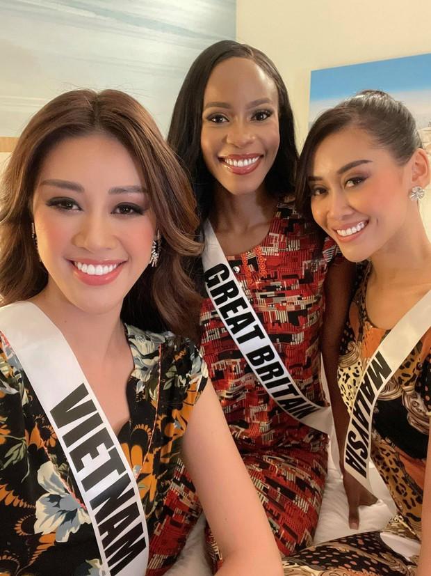 Đi thi Hoa hậu chưa bao giờ khó khăn như thế: Khánh Vân lộ vết bầm, gặp liên hoàn trục trặc ở Miss Universe tại Mỹ - Ảnh 7.