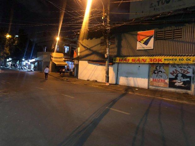 KHẨN: Những người từng đến quán Gà ác và Hải sản 30k ở quận Tân Phú cần liên hệ ngay cơ quan y tế gần nhất - Ảnh 1.
