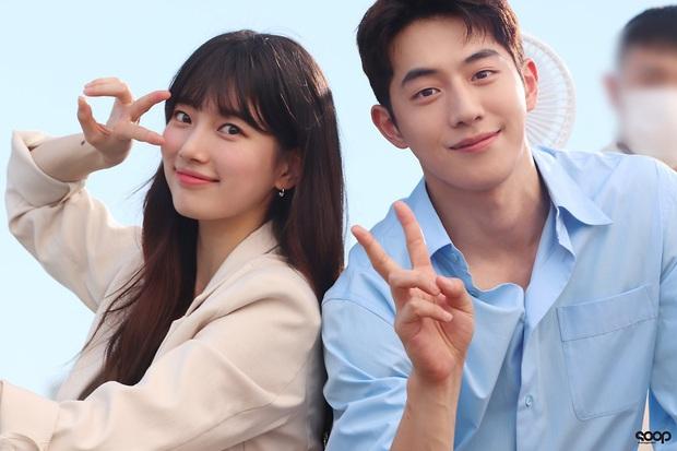 6 ngọc nữ phim Hàn sở hữu hội bạn trai màn ảnh xịn phát hờn: Nể nhất là tình sử của Song Hye Kyo đấy - Ảnh 21.