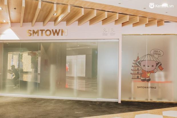 Những hình ảnh mới nhất của SMTOWN Hà Nội ở khu tổ hợp Hàn Quốc rộng 2.500m2, người qua lại lác đác - Ảnh 9.