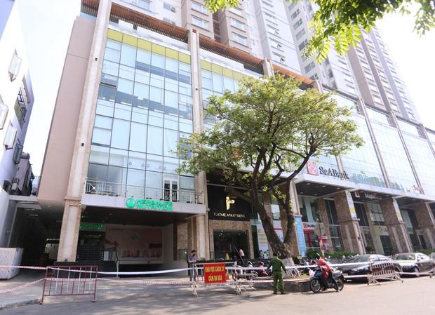 2 ca Covid-19 ghé qua, cả chung cư cao cấp ở trung tâm Đà Nẵng bị phong tỏa - Ảnh 1.