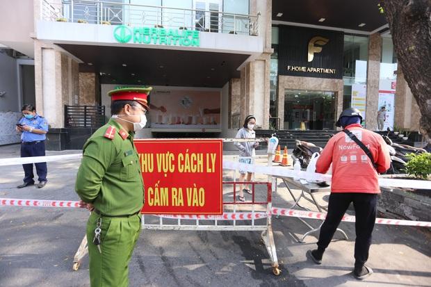 2 ca Covid-19 ghé qua, cả chung cư cao cấp ở trung tâm Đà Nẵng bị phong tỏa - Ảnh 3.