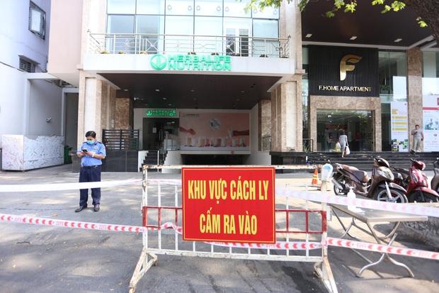 2 ca Covid-19 ghé qua, cả chung cư cao cấp ở trung tâm Đà Nẵng bị phong tỏa - Ảnh 2.