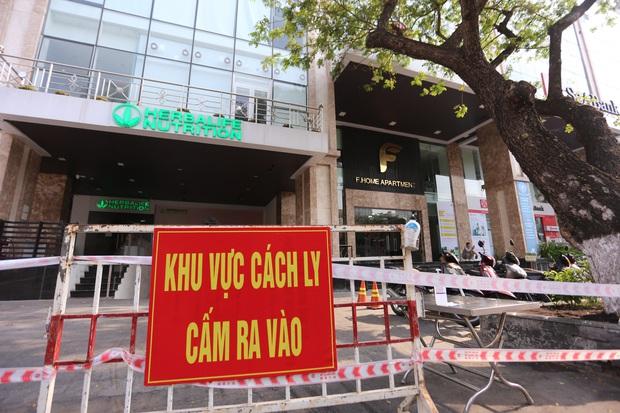 Tổng giám đốc thẩm mỹ viện mắc Covid-19 ở Đà Nẵng đi đám cưới ở Quảng Ngãi, đến Hội An, hát karaoke, tiếp xúc nhiều người - Ảnh 2.
