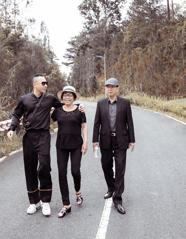 Chưa thấy hồi kết: Vũ Khắc Tiệp vừa rời Nam Định đưa bố mẹ đến Đà Lạt, nơi đây truy vết khẩn cấp 179 ca F1 - Ảnh 3.