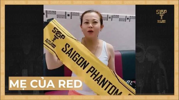 Saigon Phantom được tiếp lửa từ fan ngoại quốc ngay trước trận Chung kết, là ai mà xinh đẹp đến vậy? - Ảnh 1.