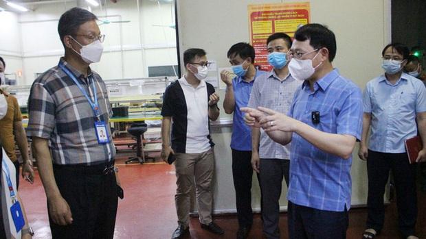 Bắc Giang: 8 công nhân ở Khu Công nghiệp Vân Trung dương tính SARS-CoV-2 - Ảnh 1.