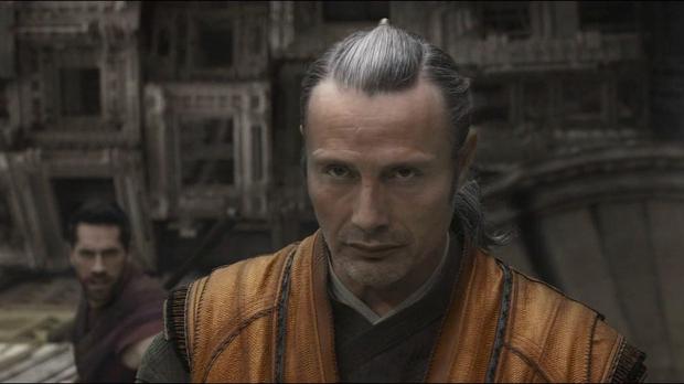 Bị nhận xét là bản nhái, người thay thế Johnny Depp trong Fantastic Beasts đáp trả gay gắt: Làm vậy chính là tự tử! - Ảnh 4.