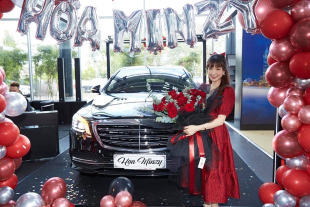 Dàn cầu thủ, nghệ sĩ 9X Việt sở hữu siêu xe tiền tỷ khi tuổi còn rất trẻ: Người sở hữu cả bộ sưu tập xế tới 21 tỷ, người chi cả chục tỷ đồng cho một chiếc xe ưng ý - Ảnh 4.