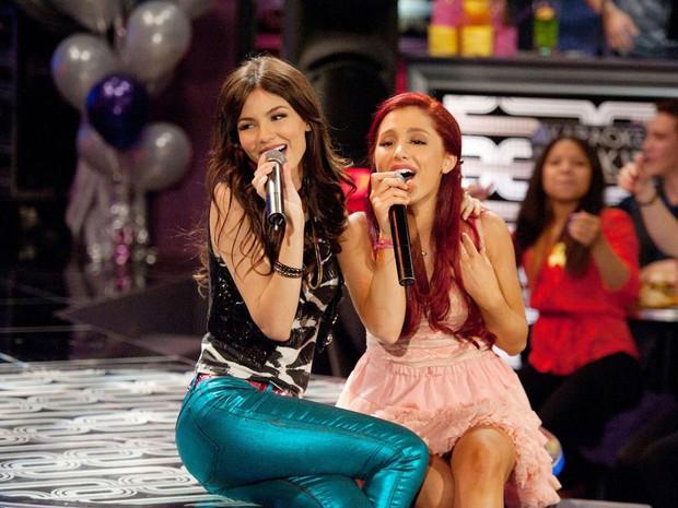 Những thâm thù của loạt sao Hollywood sau hậu trường phim: Căng nhất là Ariana Grande chỉ tận tay, day tận mặt bạn diễn - Ảnh 3.
