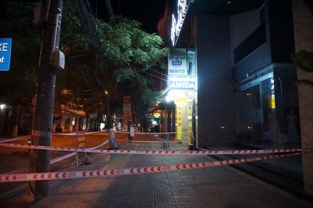 Thêm 14 ca dương tính SARS-CoV-2 ở Đà Nẵng: 12 người là nhân viên thẩm mỹ viện, 1 quản lý bar New Phương Đông và 1 giáo viên mầm non - Ảnh 2.