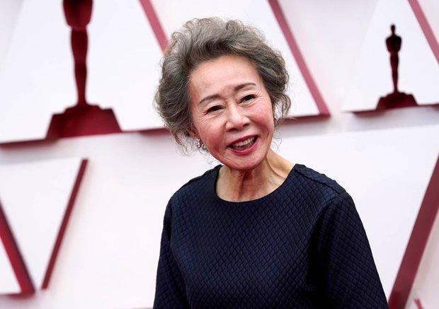 """Phim ngoại tình của """"bà ngoại quốc dân"""" Youn Yuh Jung lên kệ sau 30 năm nằm kho - Ảnh 1."""
