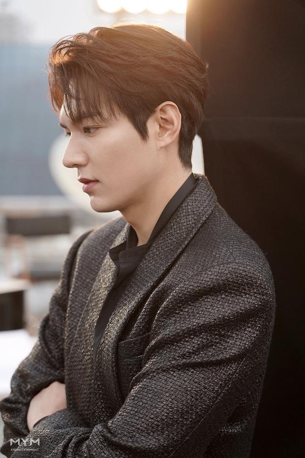 6 thần đơ đại hiệp ở màn ảnh Hàn: Lee Min Ho chuẩn bình hoa di động, trùm cuối đến cả fan cuồng cũng chẳng bênh nổi - Ảnh 2.