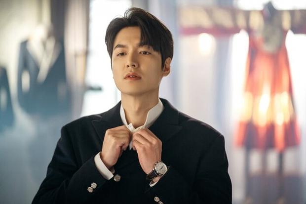 6 thần đơ đại hiệp ở màn ảnh Hàn: Lee Min Ho chuẩn bình hoa di động, trùm cuối đến cả fan cuồng cũng chẳng bênh nổi - Ảnh 4.