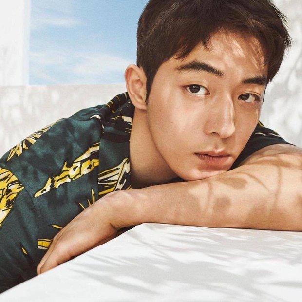 6 thần đơ đại hiệp ở màn ảnh Hàn: Lee Min Ho chuẩn bình hoa di động, trùm cuối đến cả fan cuồng cũng chẳng bênh nổi - Ảnh 12.