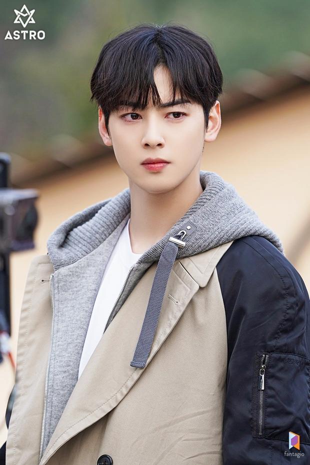 6 thần đơ đại hiệp ở màn ảnh Hàn: Lee Min Ho chuẩn bình hoa di động, trùm cuối đến cả fan cuồng cũng chẳng bênh nổi - Ảnh 16.