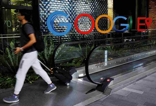 Thêm một hãng truyền thông Úc ký thỏa thuận béo bở với Facebook, Google - Ảnh 1.